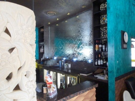 Ceylon Inn Mirror Water Feature