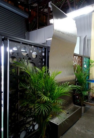 Frameless Stainless Steel Wave Large