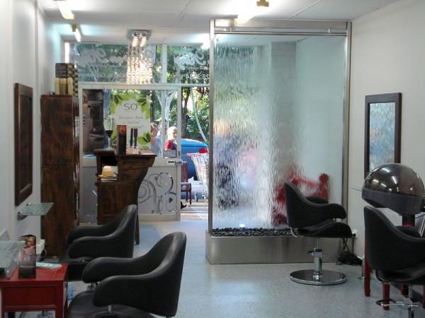Hair on King Salon Semi Frameless Glass