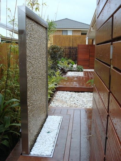 Pebble Water Feature - White