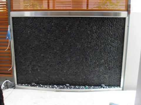 Pebble Water Feature- Black