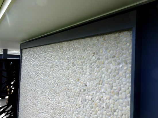 Pindara Hospital Pebble Water Feature - White