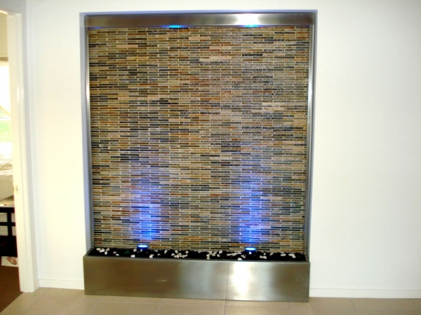 Stacked Stone Water Feature Gold White Quartz