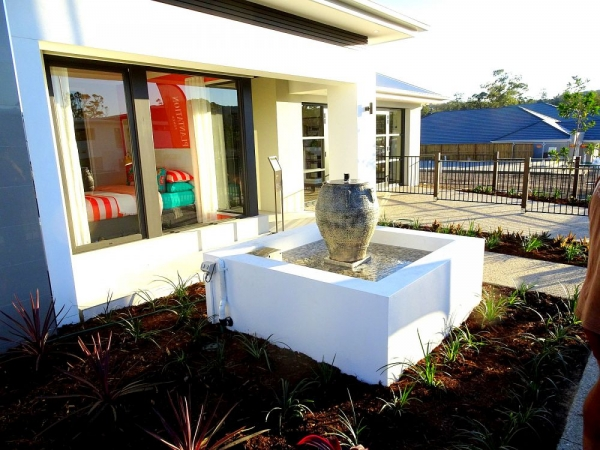 Urn 7 Water Feature